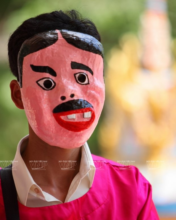 Empenado khmer en conservar valor de misteriosas mascaras hinh anh 10