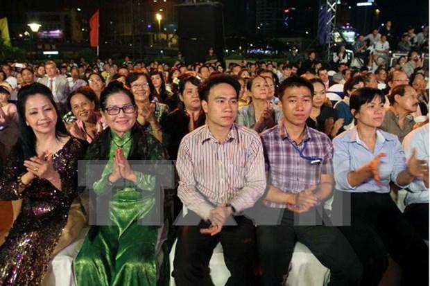 Vietnamitas residentes en Ultramar, parte inseparable de la nacion hinh anh 1