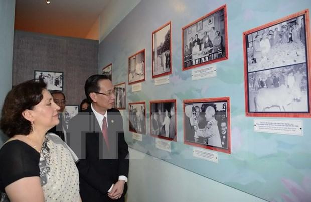 En Ciudad Ho Chi Minh exposicion sobre amistad Vietnam - India hinh anh 1
