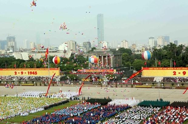 Mas felicitaciones por Dia Nacional enviadas a Vietnam hinh anh 1