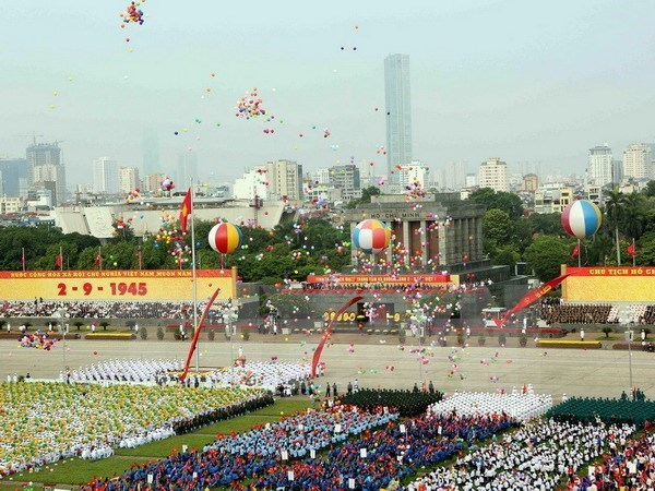 Nuevas congratulaciones a Vietnam por Dia Nacional hinh anh 1
