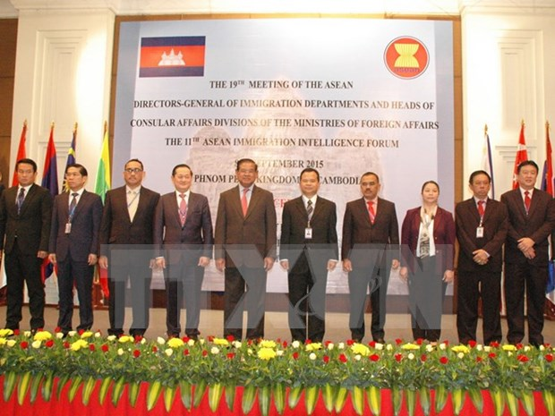ASEAN debate cooperacion en asuntos de inmigracion hinh anh 1