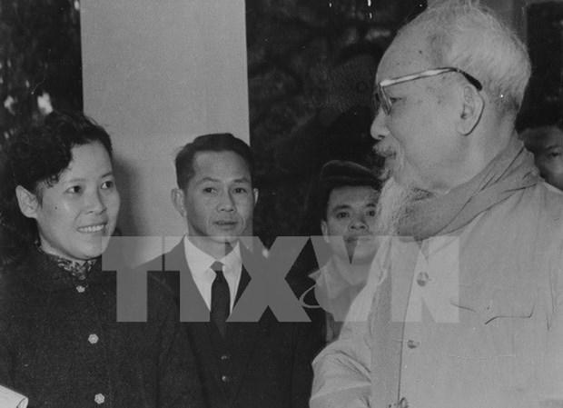 Homenajean en Mongolia la vida y obra de Ho Chi Minh hinh anh 1