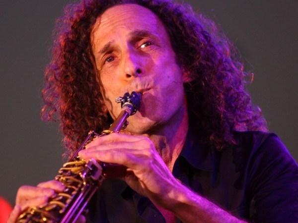 Saxofonista Kenny G ofrecera actuaciones en Hanoi hinh anh 1