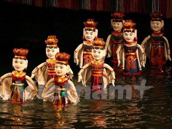 En Londres actuaciones de titeres acuaticos de Vietnam hinh anh 1