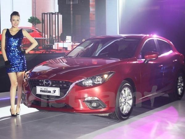 En Vietnam mayor exposicion de autos importados hinh anh 1