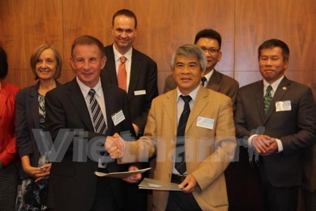 Vietnam y Australia cooperan en formacion de ciencia y tecnologia hinh anh 1