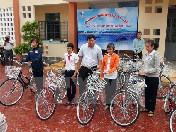 Asistencia alemana para actividades humanitarias en Quang Tri hinh anh 1