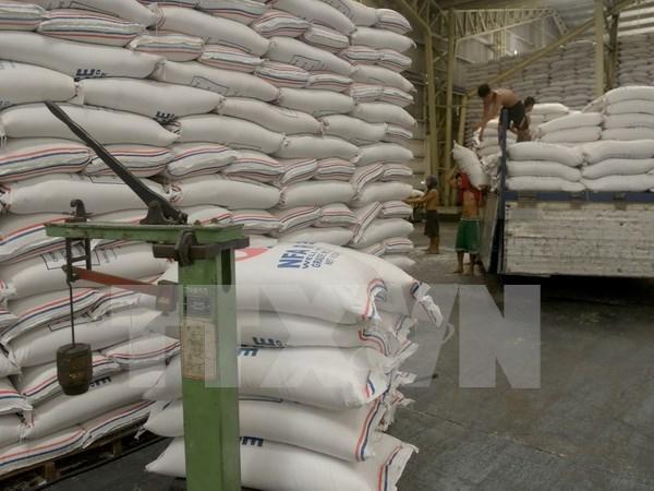 Vietnam disminuye exportaciones arroceras hinh anh 1