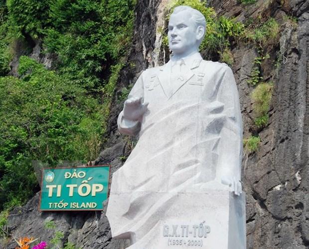 Inauguran monumento de Guerman Titov, gran amigo de Vietnam hinh anh 2