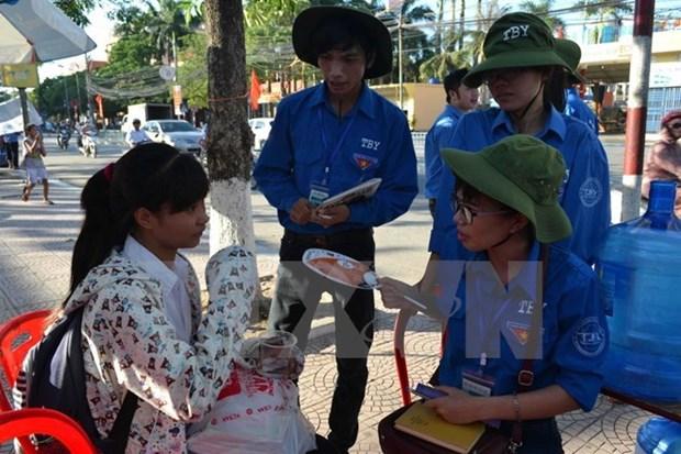 Jovenes vietnamitas y laosianos estrechan enlaces hinh anh 1