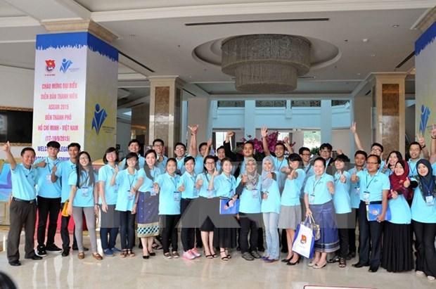 Foro Juvenil de ASEAN emite mensaje sobre identidad cultural hinh anh 1