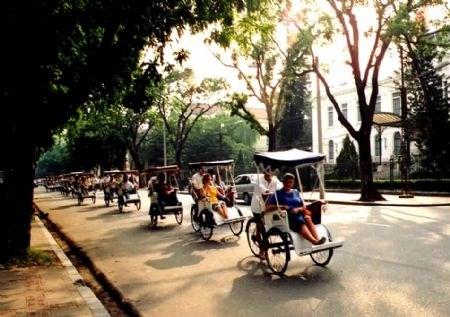 Inauguran Servicio de Turismo de Hanoi hinh anh 1