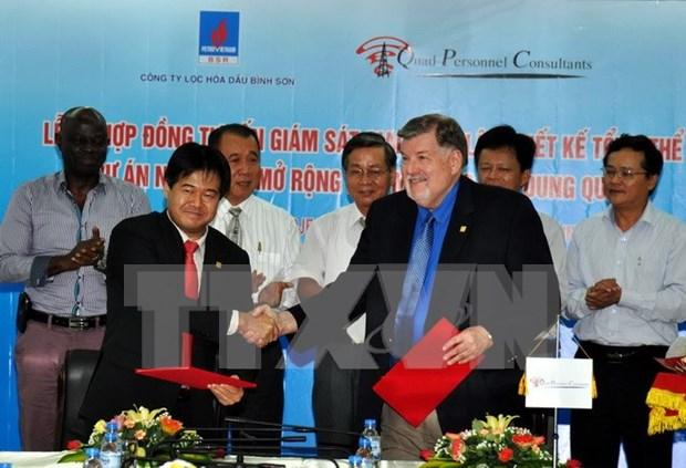 Firman acuerdo de asesoramiento para modernizar de refineria Dung Quat hinh anh 1