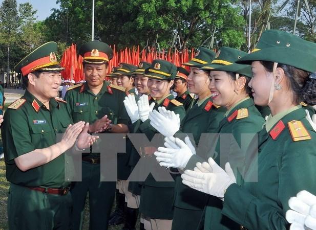 Inauguran curso de ingles para oficiales militares de Vietnam hinh anh 1