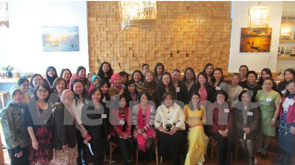 En Nueva Zelanda intercambio cultural entre diplomaticas de ASEAN hinh anh 1