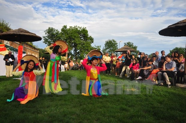 """Dia de Vietnam en Venecia"": Mixtura de dos culturas hinh anh 2"