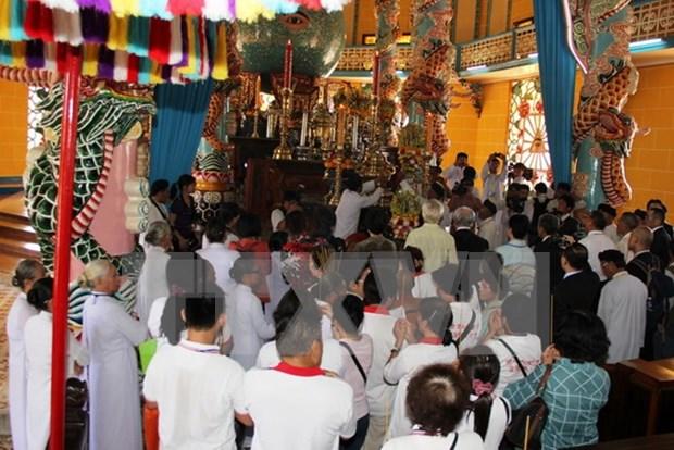 Celebra secta de Cao Dai rito dedicado a Gran Madre hinh anh 1