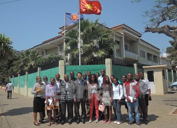 Vietnam ayuda a Mozambique en formacion del personal hinh anh 1