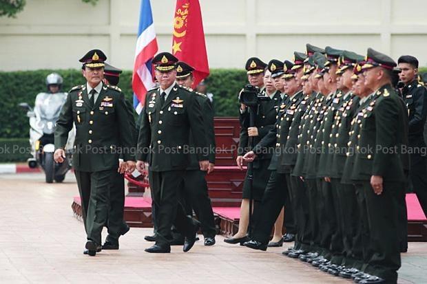 Comandante de Infanteria reitera apoyo al gobierno militar tailandes hinh anh 1