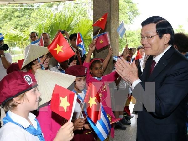 Presidente vietnamita aboga por ampliar relacion economica con Cuba hinh anh 1