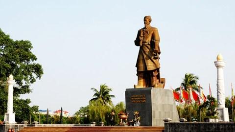 Rinden homenaje al heroe nacional Tran Hung Dao hinh anh 1