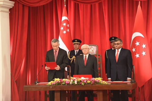 Juramentado nuevo gabinete de Singapur hinh anh 1
