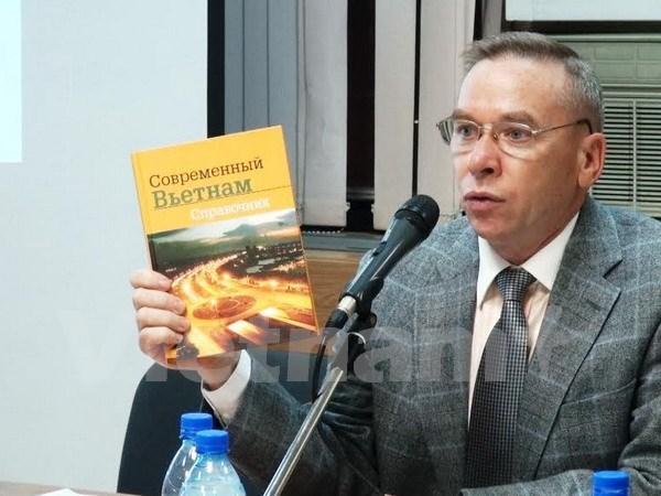 Presentan en Rusia libro sobre Vietnam de hoy hinh anh 1