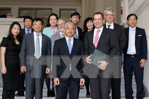 Alemania apoya plan de capacitacion de enfermeros vietnamitas hinh anh 1