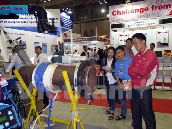 Inauguran exposiciones de industria auxiliar en ciudad survietnamita hinh anh 1