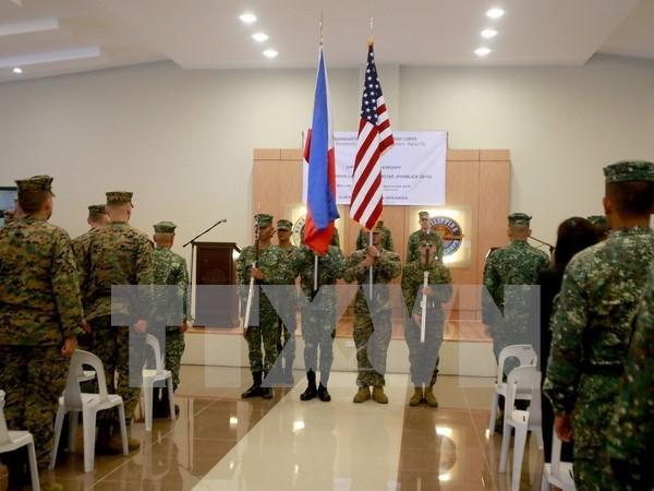 Realizan Filipinas y Estados Unidos maniobras conjuntas hinh anh 1