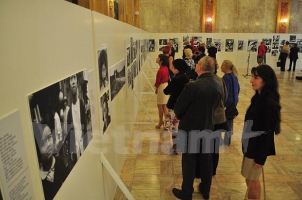 En Eslovaquia exhibicion sobre historia heroica de Vietnam hinh anh 1