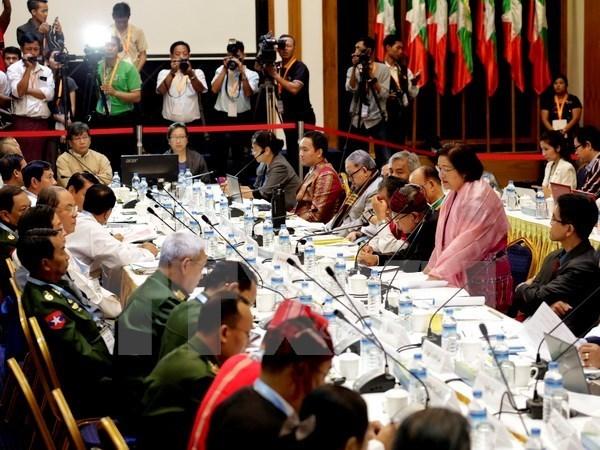 Myanmar retira a grupos armados de lista de organizaciones ilegales hinh anh 1