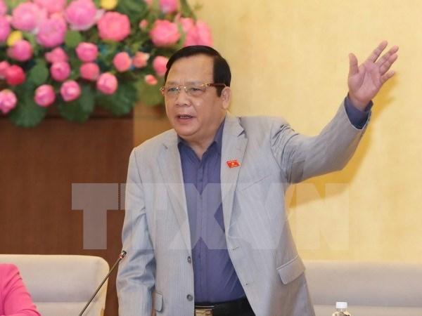 Comite del Parlamento vietnamita analiza proyectos legales hinh anh 1