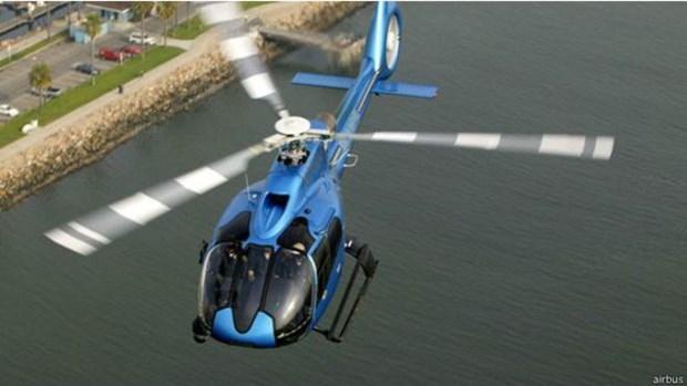 Hallan sobreviviente del naufragio de helicoptero en Indonesia hinh anh 1