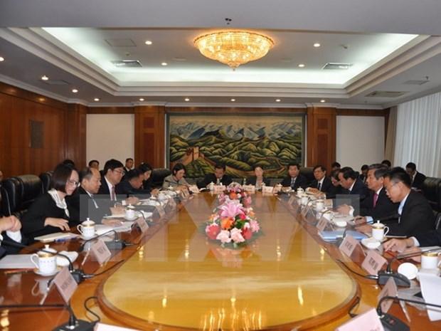 Vietnam y China intensifican cooperacion en infraestructura terrestre hinh anh 1