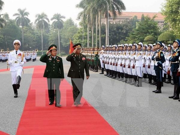 Vietnam y Laos robustecen cooperacion militar hinh anh 1