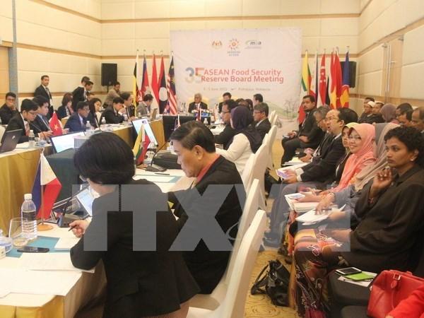 Comunidad de ASEAN por impulsar conectividad regional hinh anh 1