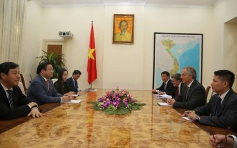 Vietnam sugiere apoyo de Tony Blair para acceder a fondo preferencial hinh anh 1