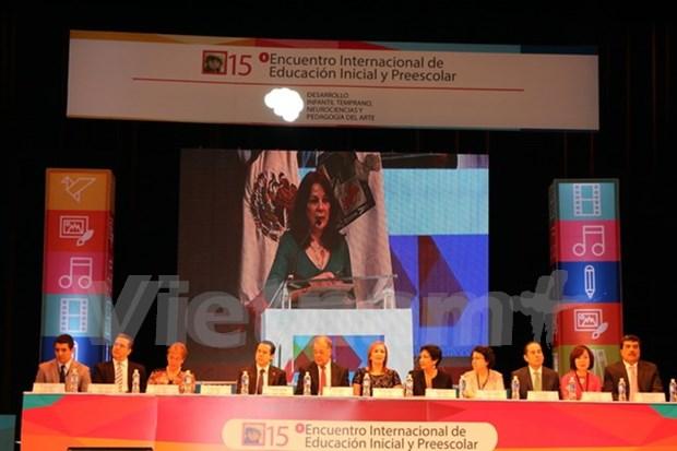 Participa Vietnam en conferencia de educacion preescolar en Mexico hinh anh 1