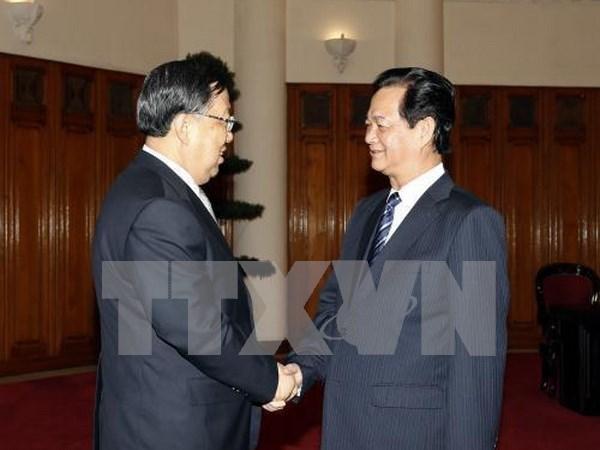 Premier vietnamita apoya impulsar relaciones con China en seguridad hinh anh 1