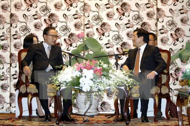 Recibe presidente vietnamita a exmandatario sudcoreano hinh anh 1