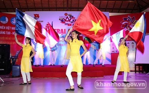 En Khanh Hoa Festival de campamento estudiantil ASEAN +1 hinh anh 1
