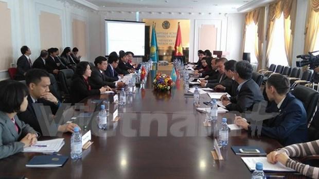 Vietnam y Kazajstan promueven lazos economicos hinh anh 1
