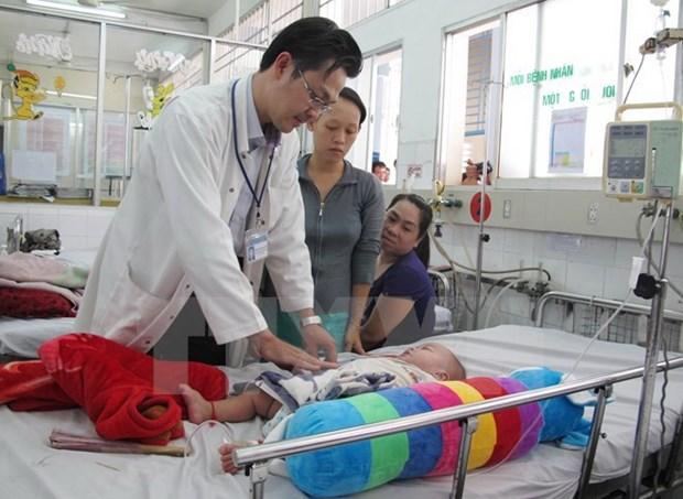 Sector de salud de Hanoi con afan de fomentar calidad de servicios hinh anh 1