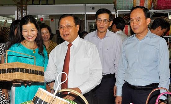 Cierra sus puertas feria de productos artesanales de Hanoi hinh anh 1