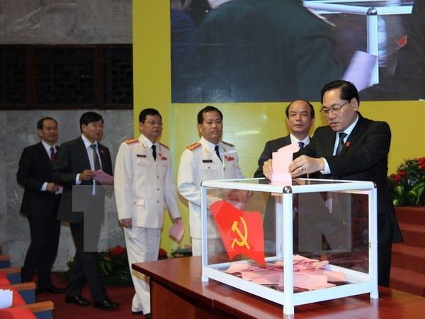 Comite Partidista de Hanoi publica lista del organo permanente hinh anh 1