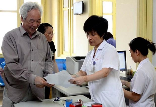 Reajuste de precio de servicios medicos beneficia titulares de seguro hinh anh 1
