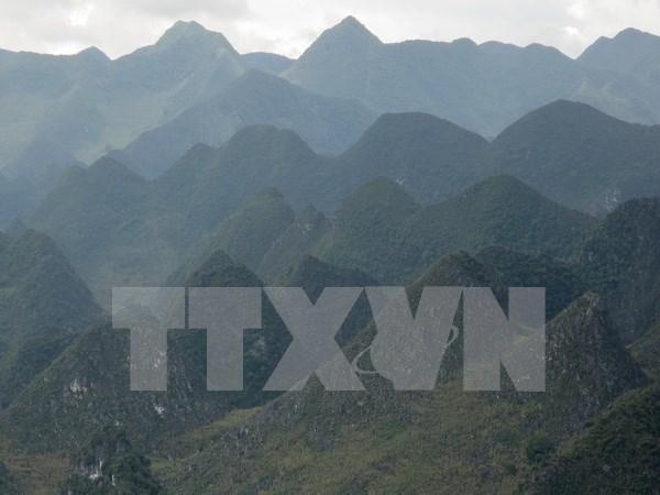 Desarrollan meseta Dong Van como destino turistico a nivel mundial hinh anh 1