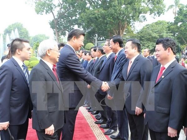 Rubrican Vietnam y China numerosos acuerdos de colaboracion hinh anh 1
